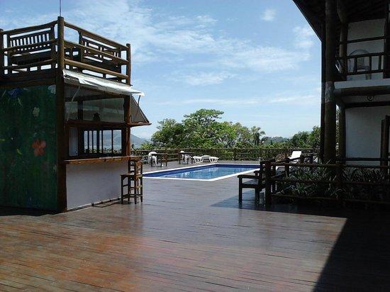 Pousada Refugio da Harmonia:                   Área da piscina