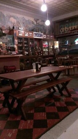 SmokeHouse BBQ & Saloon:                   authentic old west with a Cajun flair.
