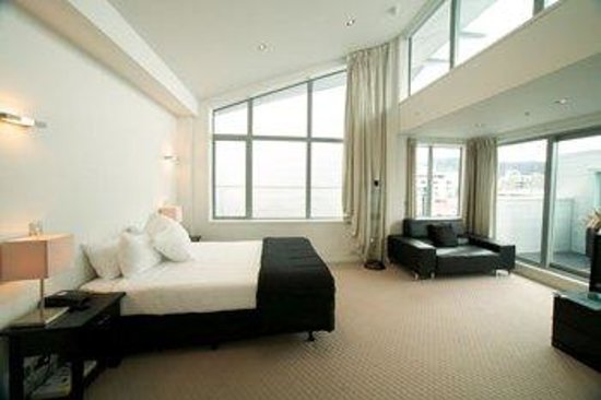 Distinction Wellington, Century City Hotel: 3 Bedroom Penthouse suite