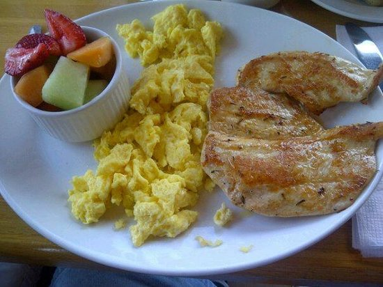 Sunset Grill:                   chicken filet and egss