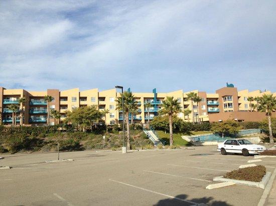 WorldMark Oceanside Harbor :                                     Updated exterior