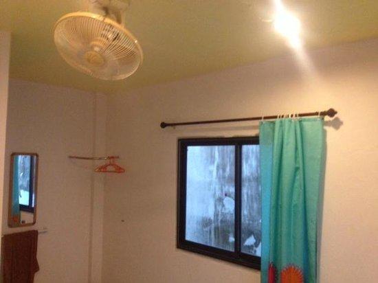 Ao Nang Grand Inn Hostel:                   Room