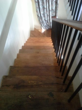 Crown Regency Resort & Convention Center:                   dusty unpolished stairways