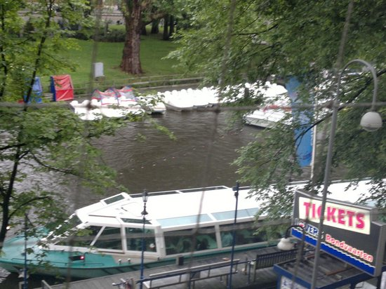 Hampshire Hotel - Amsterdam American: view from room
