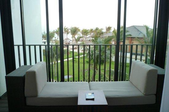 ซันไรซ์ ฮอยอัน บีช รีสอร์ท:                   View from Deluxe Ocean View Room