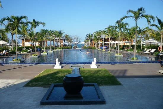 Sunrise Premium Resort Hoi An:                   View over top pool towards beach