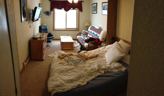 The Meadows at Kirkwood Resort:                                     Hotel Room - the next morning