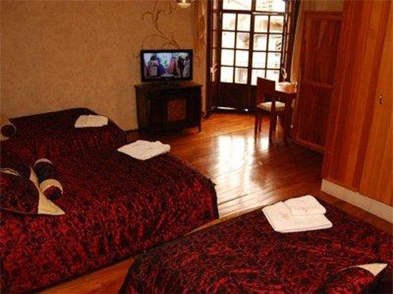 Hotel Los Balcones: Room