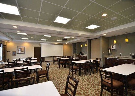 Comfort Inn & Suites Fort Saskatchewan: Meeting Room