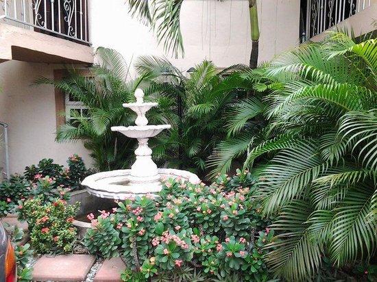 Pearl Manor Luxury Suites : Interior