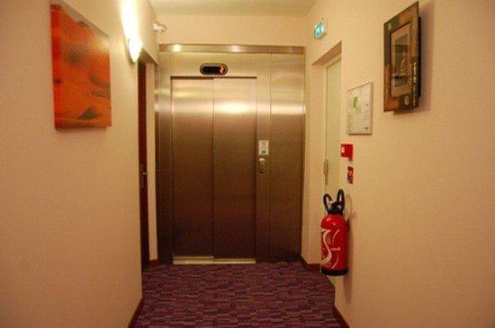 Hôtel du Fort : lift