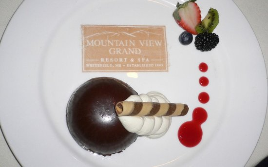 Mountain View Grand Resort & Spa :                   Created just for us--Chef's signature chocolate decadence with white and dark