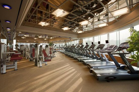 THE PLAZA: Fitness Center
