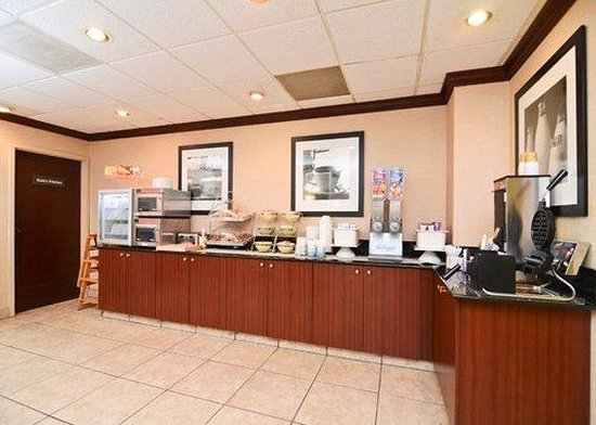 Quality Inn Chapel Hill: Restaurant