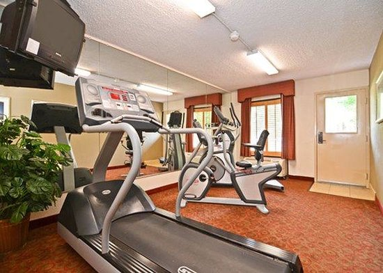 Quality Inn Chapel Hill: Exercise facilties