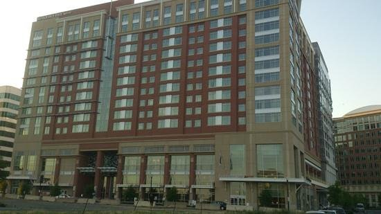 Residence Inn Arlington Capital View:                   otimo hotel