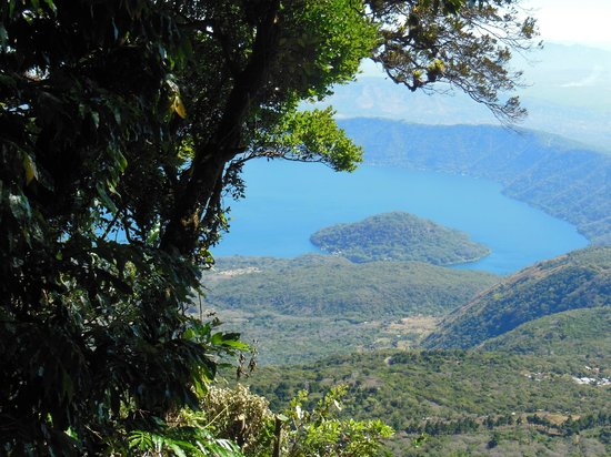 Cuscatlan Tours - Day Tours :                   Coatepeque Lake