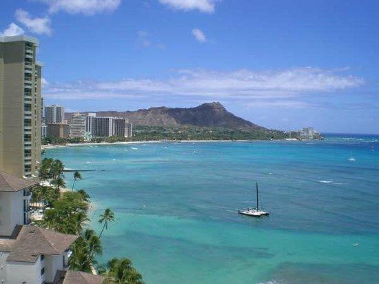Waikiki Shore: Diamond Head from Waikiki Shore Hotel