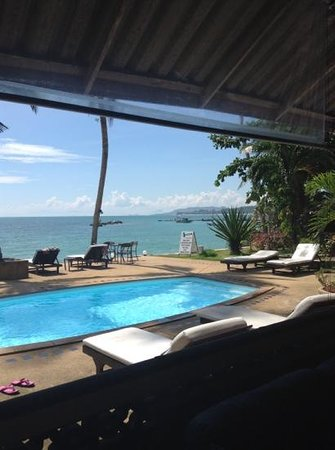 Weekender VIlla Beach Resort:                   perfect