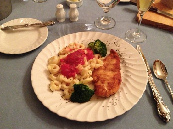 Governor's House in Hyde Park:                                     Our delicious dinner
