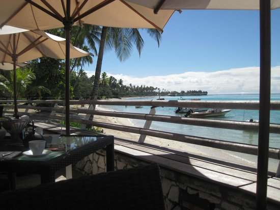 Sofitel Moorea Ia Ora Beach Resort:                   view from main restaurant