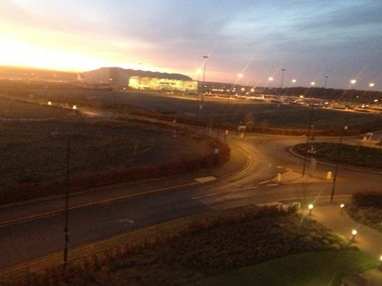 Ramada Encore Doncaster Airport:                                     new day