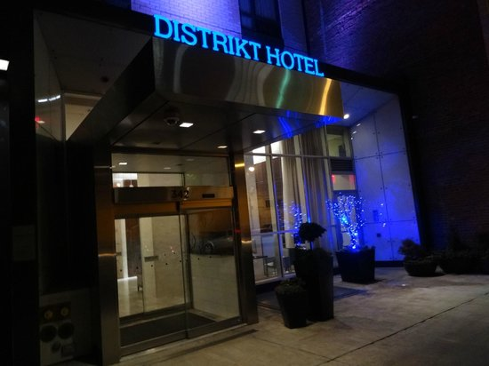 Distrikt Hotel:                   The Front
