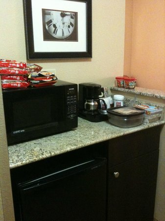 Comfort Suites DFW N/Grapevine :                                                                         microwave coffee pot are