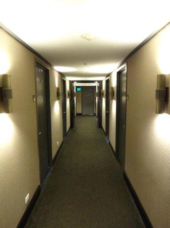 Hotel Renew:                   hallway