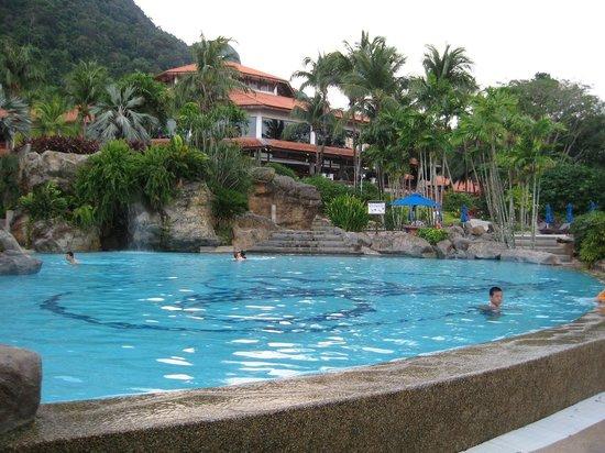 Berjaya Langkawi Resort - Malaysia: Pool and main building