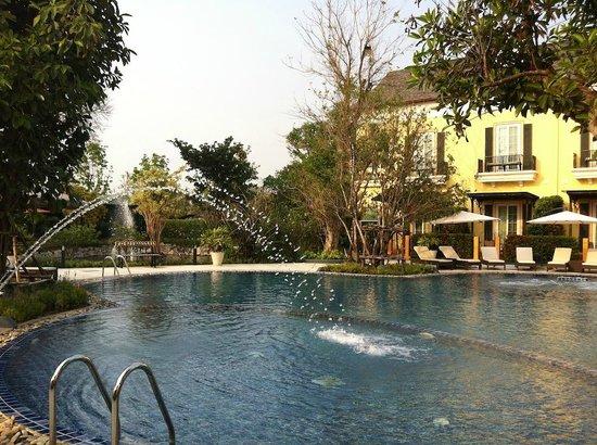 D Varee Charnvee Khao Yai: hotel wet area
