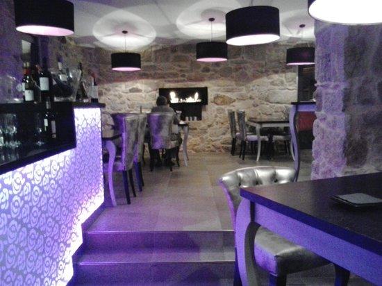 Vinotel 7 Uvas:                                     Restaurante