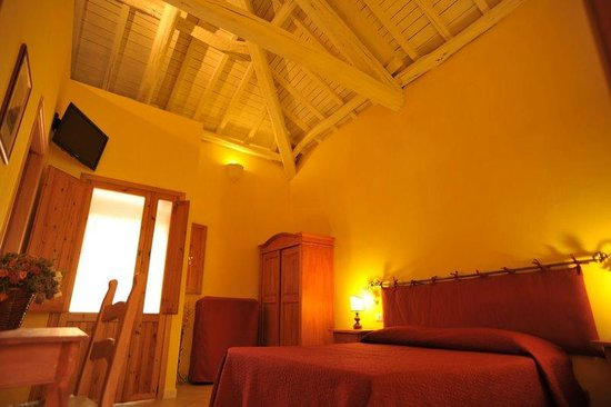 Bed and Breakfast Aldebaran:                   Room Soffitto - Ceiling
