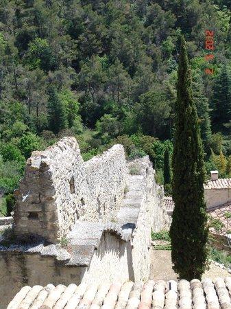Les Terrasses du Luberon : Bonnieux outskirts