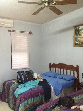 Anchorage Beach Resort:                   room :(