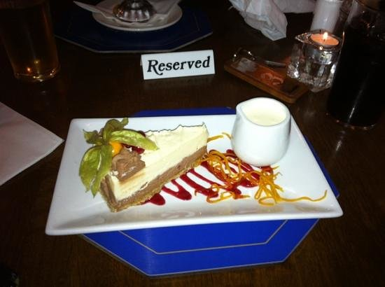 Ship Inn:                   cracking cheesecake