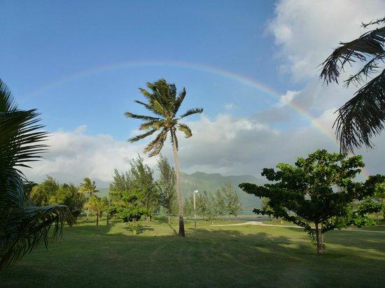 Paradis Beachcomber Golf Resort & Spa:                   Arcobaleno sui campi da golf