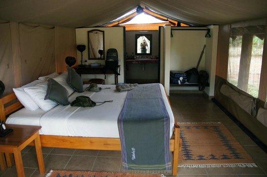 Voyager Ziwani, Tsavo West:                   interno della tenda