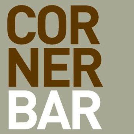Courtyard by Marriott Bhopal: Corner Bar