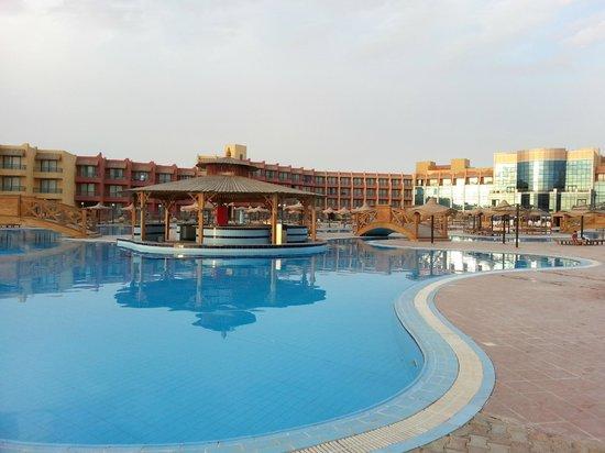 Sinaway Lagoon Hotel & Spa