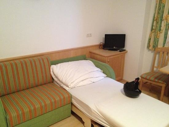 Hotel Kammerhof:                   Family room - double bed for your family.