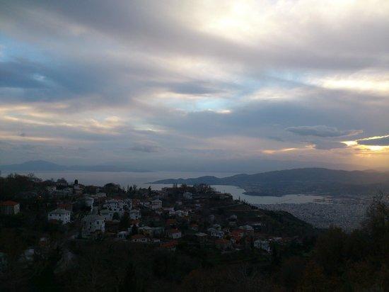 Mikros Vorias small luxury suites :                   Θέα απο το μπαλκόνι