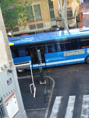 Boutique Hotel Cézanne: Hotel Cezanne corner street