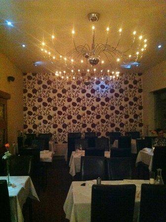 Tamanna's:                                                       Dining area