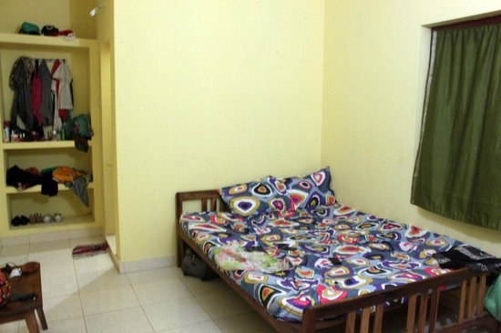 Satta Beach Residence:                   room