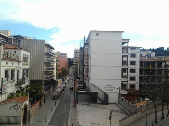 Hotel Mercedes:                   Вид с балкончика