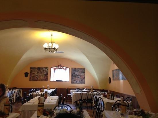 Calliano, Italia:                   interno ristorante