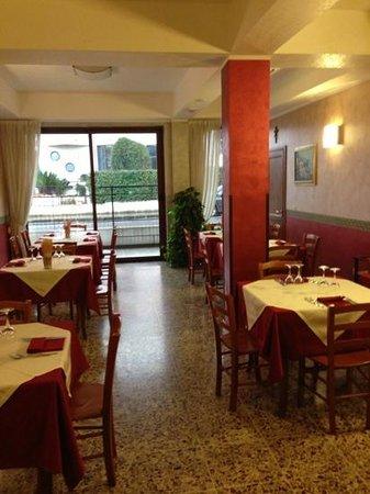 Holiday in Paestum:                   ristorante