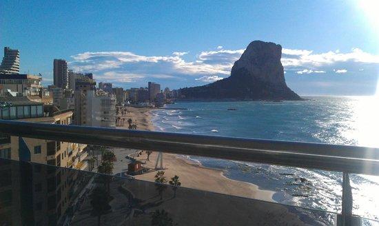 Gran Hotel Sol y Mar:                                     Habitación 536 con vistas al mar.