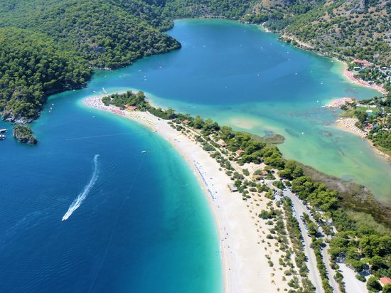 Beautiful paradise at Blue Lagoon,Oludeniz beach ...